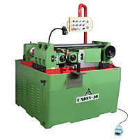 A mass of screws can be precisely made by thread rolling machines with thread rolling dies.